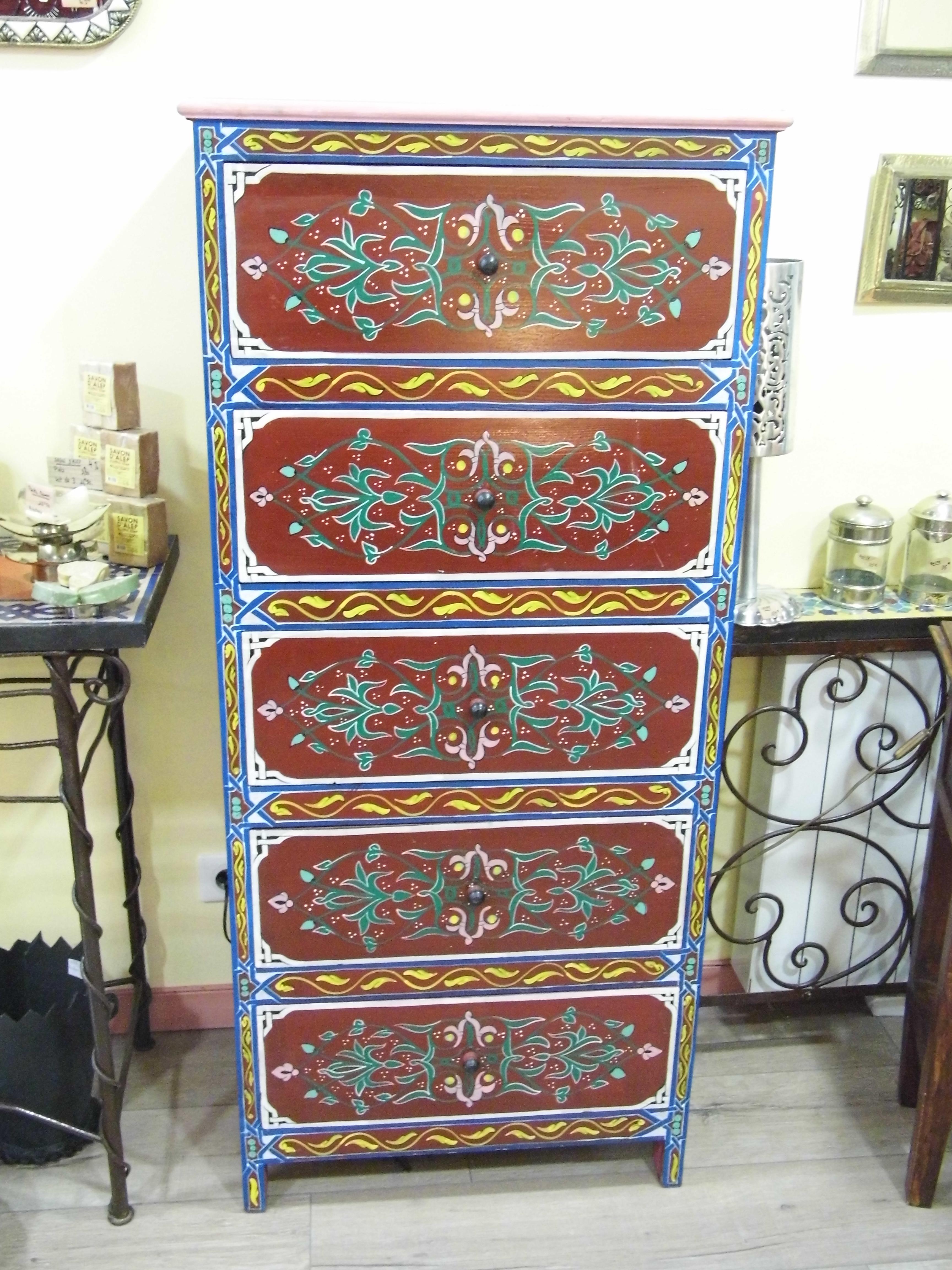 Commode 5 tiroirs bois peint de marrakech la fibule for Meuble bois peint